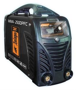 Сварочный инвертор Дніпро-М mini ММА 250 DPFC дисплей, кейс, модель F